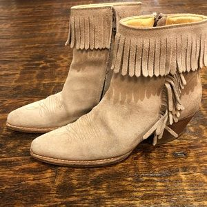 Naked feet Western Cowboy Ankle Boots